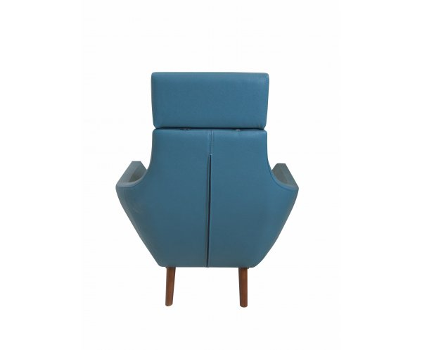 Кресло на деревянном каркасе Alti